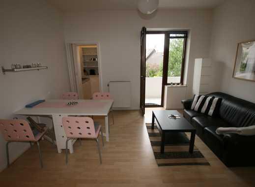 Sehr gemütliche und komplett möblierte 2-Zimmer-Wohnung mit Süd-West-Loggia in kleiner Wohneinheit