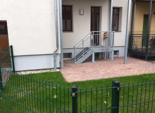 ERSTBEZUG :  STILVOLLE 4-Z-DG-WOHNUNG mit Terrasse, EBK und Fußbodenheizung (WE 1)