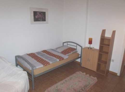 INTERLODGE Modern möbliertes Apartment mit separater Küche und Gartennutzung in Essen-Altendorf