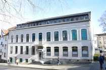 Renovierte Büro- oder Praxisfläche in