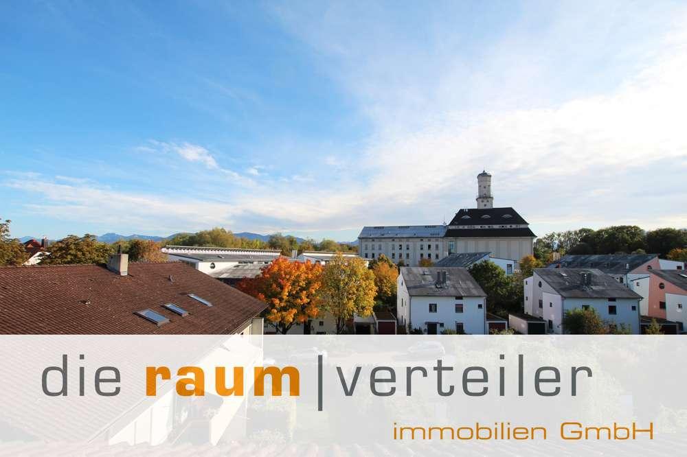 Über den Dächern von Rosenheim: Große 4-Zimmer-Wohnung mit Balkon in ruhiger Lage in Rosenheim-Süd (Rosenheim)