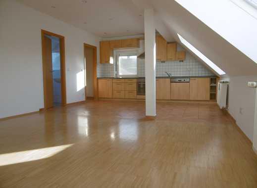 sehr schöne Gallerie-Dachgeschoss-Wohnung im Siedlungshaus im Harthof, Nähe BMW FIZ