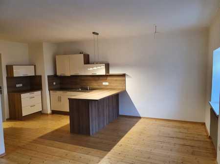 Günstige, geräumige und vollständig renovierte 2-Zimmer-Wohnung mit EBK in Mauth in Mauth