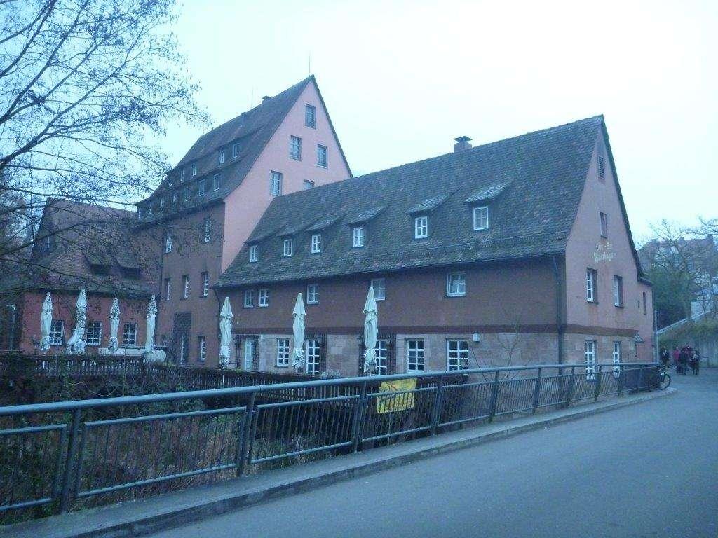***Schönes renoviertes und  möbliertes Appartment in Nbg.-Mögelsdorf, Satzinger Mühle*** in