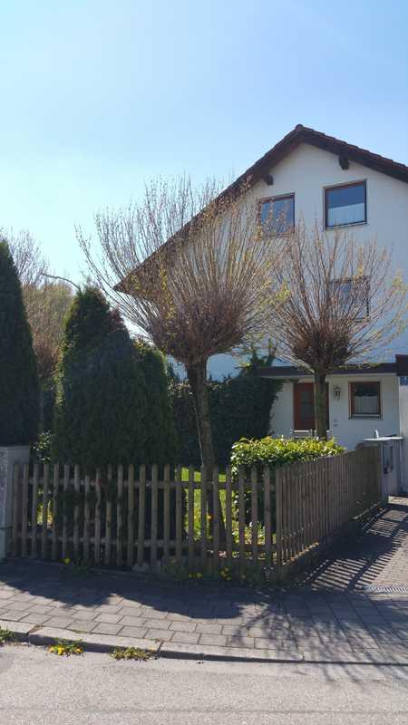 Helle 2-Zimmer-DG-Wohnung im Süden Ingolstadts in Süd (Ingolstadt)