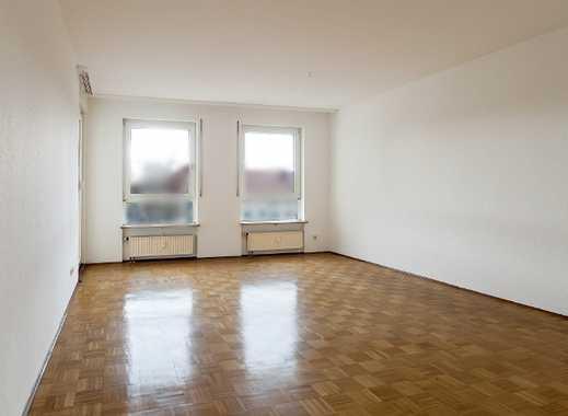 Geräumige, frisch renovierte 3-Zimmer-Wohnung mit Balkon