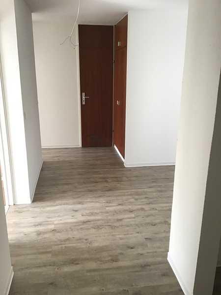 Top renovierte 2-Zimmer-Wohnung mit Balkon! Aktion: 1 Grundmiete frei in Pirckheimerstraße (Nürnberg)