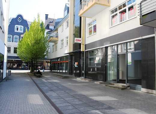 Modernes Ladenlokal (Anschlüsse für Friseurbetrieb) in der Fußgängerzone von Velbert