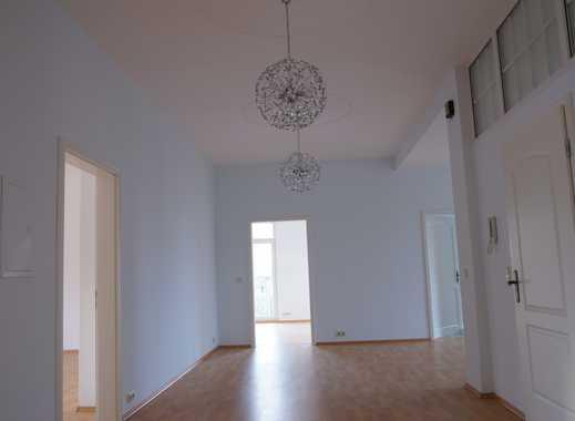 Großzügige, ruhige, vier Zimmer Wohnung im sanierten Altbau Nähe Kurpark Bad  Pyrmont