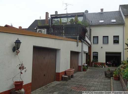 +++ Zweifamilienreihenwohnhaus mit großem Wintergarten +++