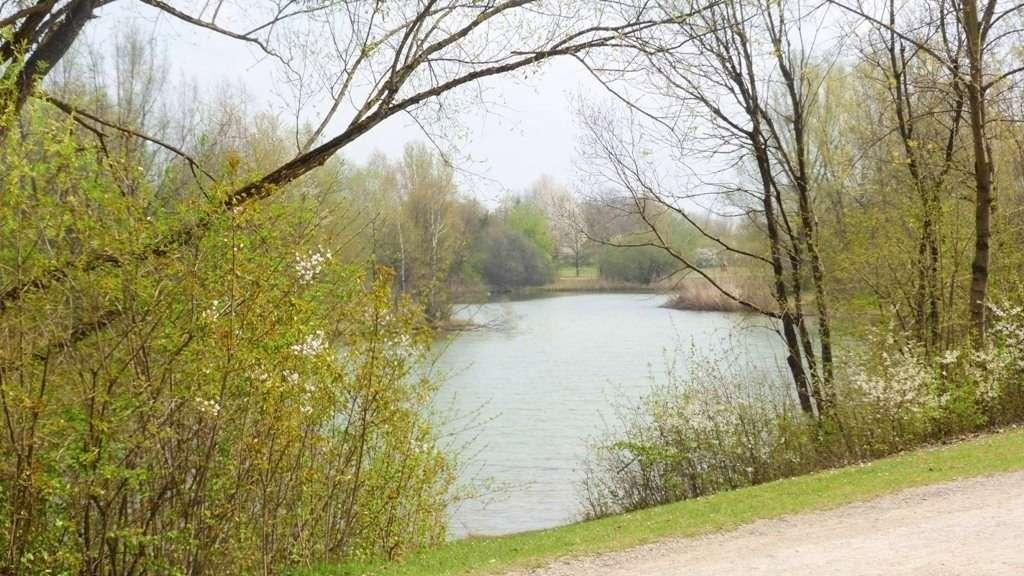 ### Ein Juwel direkt am Zamilasee! Stilvoll möblierte 3-Zimmerwohnung lässt keine Wünsche offen! ###
