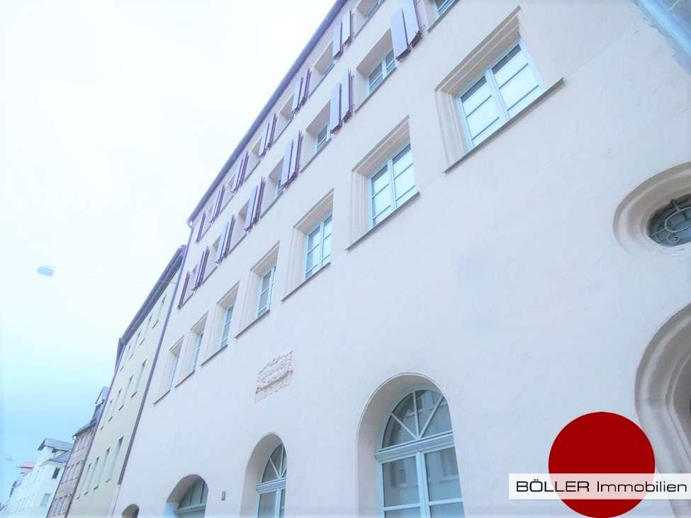 Ein Juwel in der Altstadt! 3 Zi-Whg mit historischem Ambiente & Balkon! in