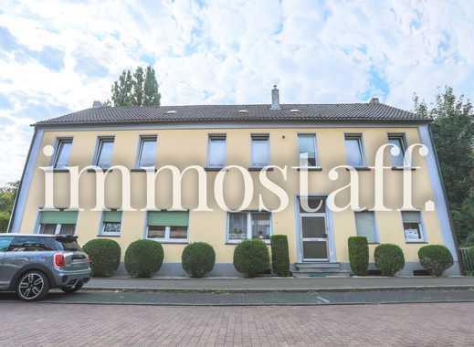4-Familienhaus mit 5 Garagen und 1600 m² Grundstück in OB-Buschhausen zu verkaufen. PROVISIONSFREI!