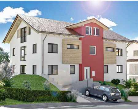 Erstbezug exklusive 3-Zimmer-Dachgeschosswohnung mit Einbauküche und großem Balkon in Polling in Polling (Weilheim-Schongau)