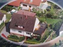 Zweifamilienhaus mit grosser Doppelgarage und