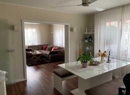 Vollständig renoviert mit EBK: schöne 2,5-Zimmer-EG-Wohnung in Guldental