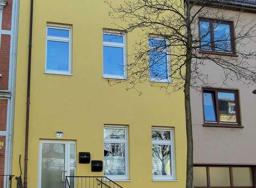 Neustadt: Hochwertig saniertes Mehrfamilienhaus