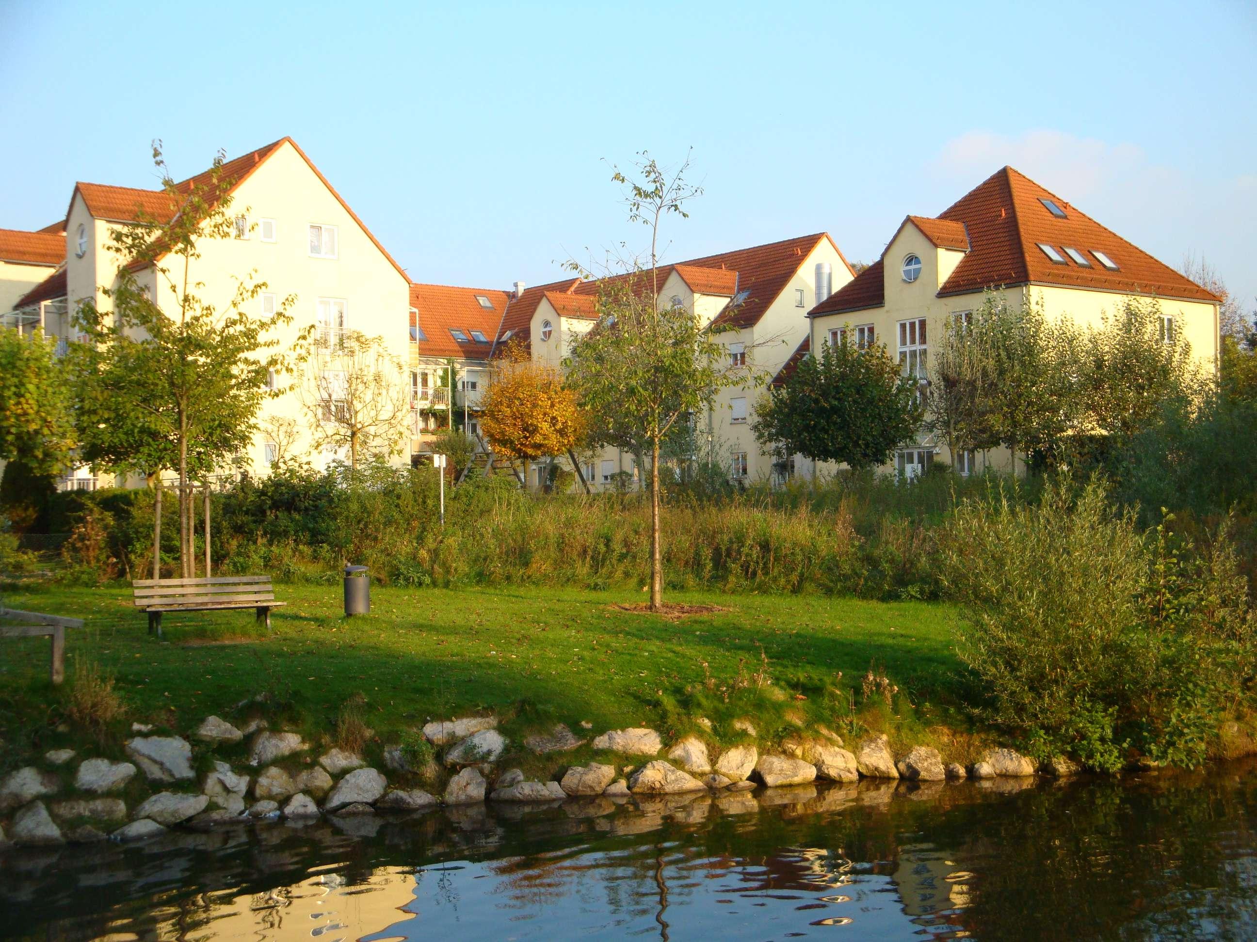 3 Zimmer Wohnung in Günzburg inkl. 2 Tiefgaragenstellplätze, Balkon und Aufzug in