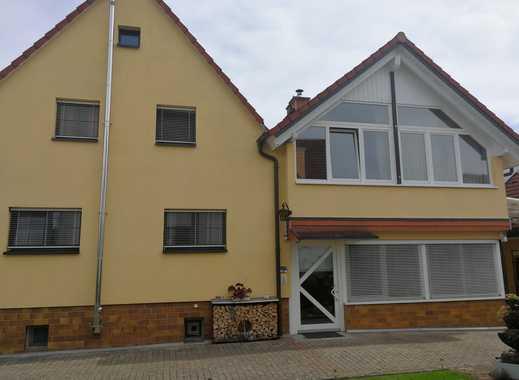 Gepflegte (1993 Ausbau) Doppelhaushälfte - Hausbau in zweiter Reihe möglich