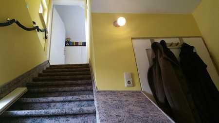 Helles 1 Zimmer Apartment, DG in ruhiger Lage mit EBK in Berg am Laim (München)