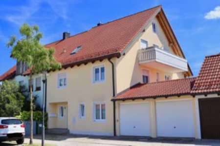 Außergewöhnliche 4,5-Zimmer-Maisonette-Wohnung mit großem West-Balkon in Hallbergmoos