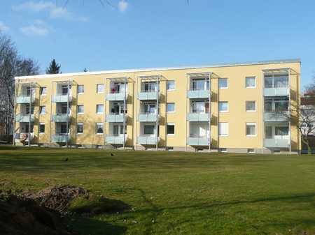 Schöne 3 Zimmer Wohnung mit Loggia in ruhiger Lage in Nordwest