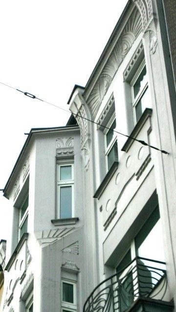 Oberkassel - Charmante Kleine Wohnung Für Den Jungsolventen Mieter