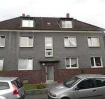 Gepflegte Dachgeschoss-Wohnung in ruhiger Lage