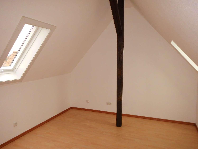 Schöne 2-Zimmer DG-Wohnung in Erlenbach am Main