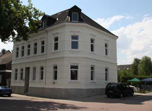 Top saniertes Mehrfamilienhaus- ruhige Lage - schöner Garten - große Balkone und Terasse