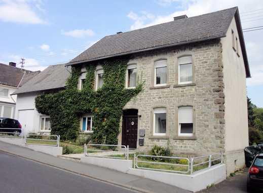 Vermietetes Ein- bis Zweifamilienhaus in schöner und ruhiger Wohnlage!