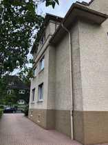 6-Familienhaus mit 6 Garagen in