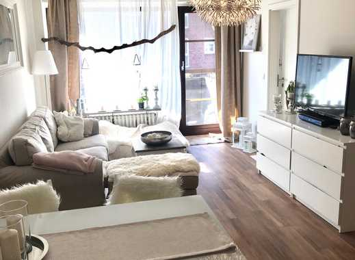 Von Privat: 2-Zimmer-Wohnung mit Balkon und Einbauküche in Urdenbach