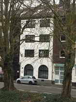 Urbane 3-Zimmer-Wohnung mit Balkon
