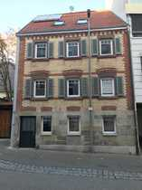 Schönes Stadthaus mit sieben Zimmern