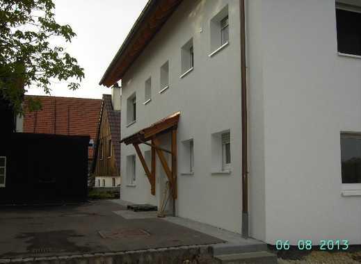 Göppingen-Bezgenriet: Top 4,5 Zimmer Obergeschoßwohnung mit Balkon
