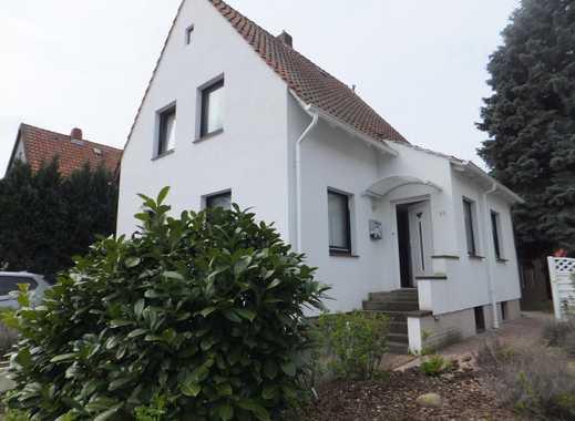 kleines Häuschen im Grünen statt Wohnung (freistehend)