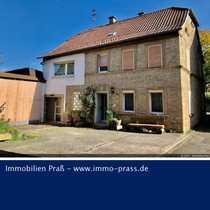 TOP-GELEGENHEIT Ehemaliges Bauernhaus mit Nebengebäude