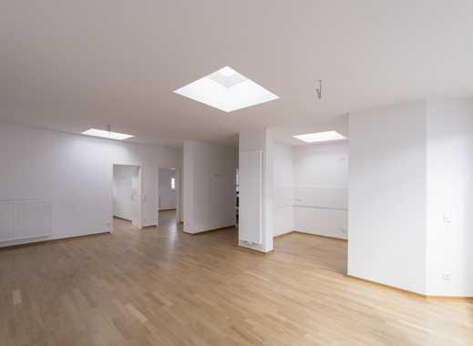 Geräumige Dachgeschosswohnung im neu erbauten Dachgeschoss sucht neuen Besitzer