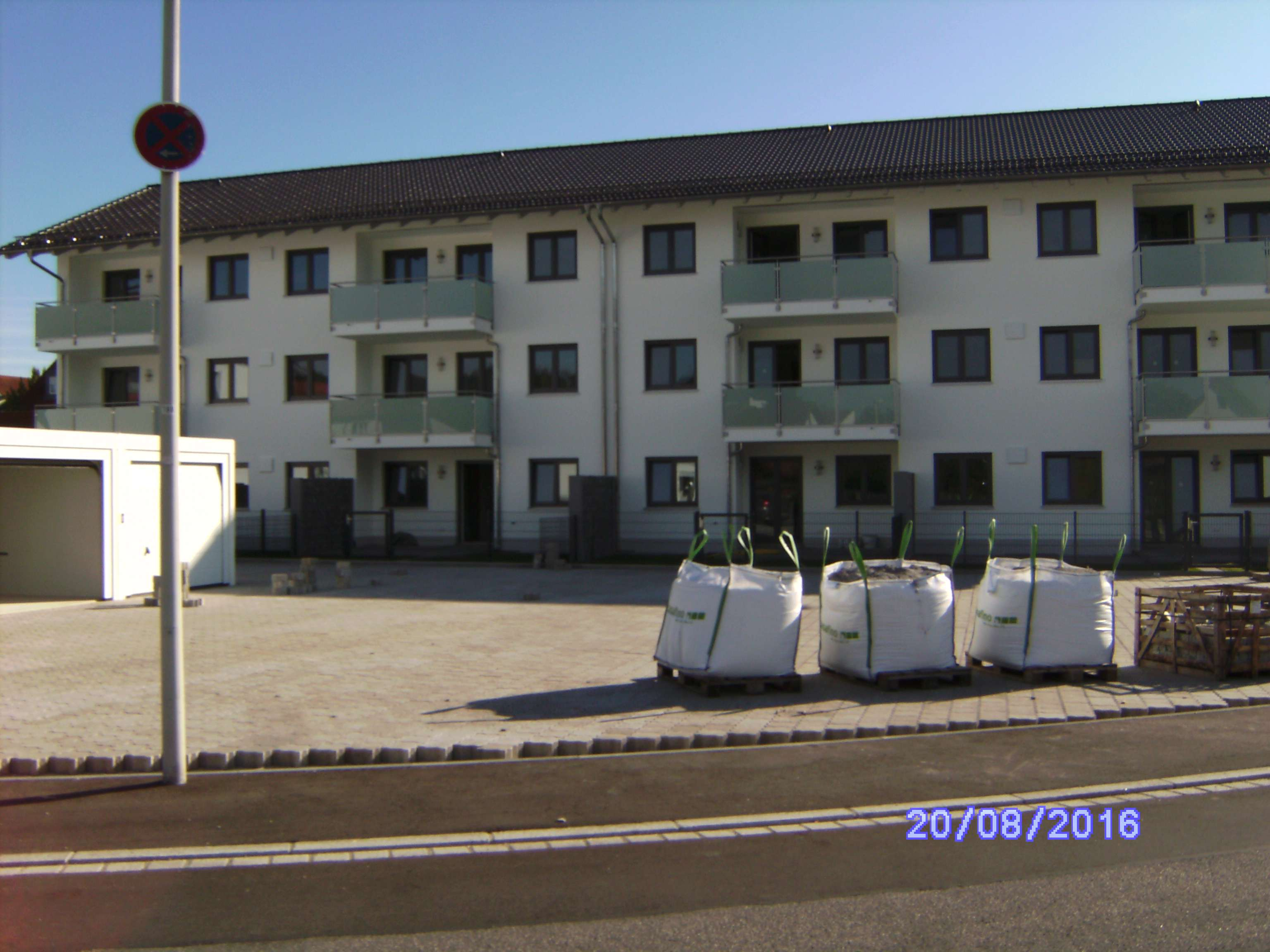 3-Zimmer-Wohnung mit Balkon in kleiner Wohnanlage in Altdorf in