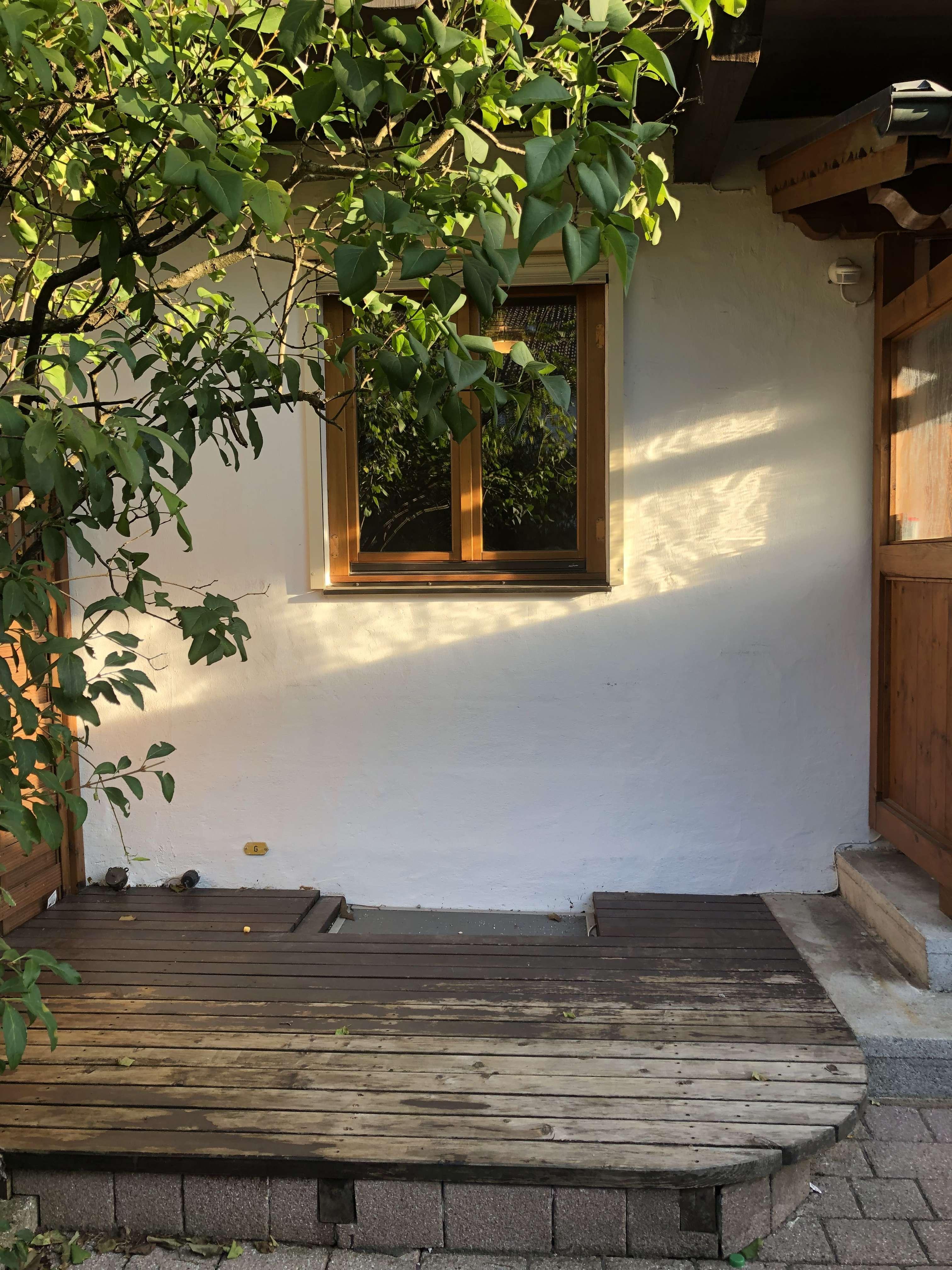 Vollmöbliertes 1-Zimmer-Apartment 20 qm mit Terrasse und Gartenmitbenutzung in Garmisch-Partenkirchen