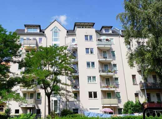 * Südvorstadt: neu saniertes 2-Zimmer-Apartment mit Aufzug, Balkon und neuer Einbauküche *