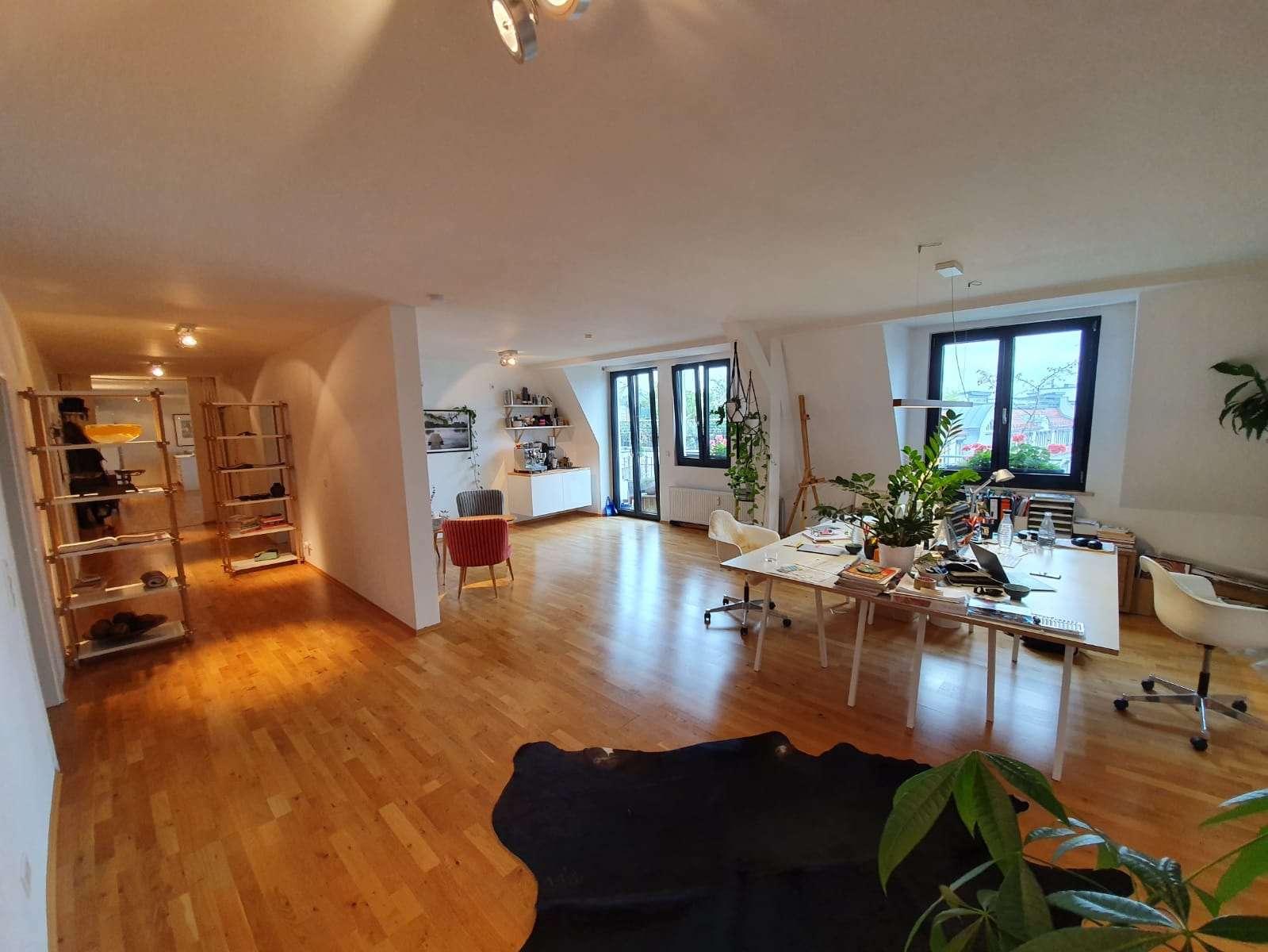 Großzügige 3 Zimmer Wohnung mit sonnigem Balkon in St. Johannis (Nürnberg)