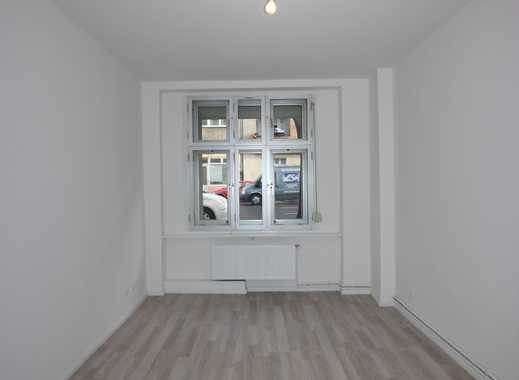 Erstbezug nach Modernisierung! Ideale Single-Wohnung mit geräumiger Wohnküche im Zentrum Steglitz!