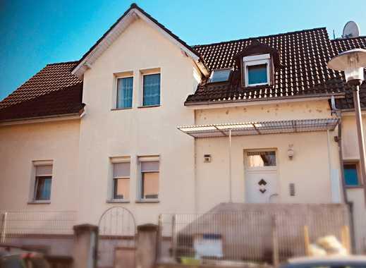 **Saniertes Mehrfamilienhaus mit zentraler Lage in Mainz-Mombach**