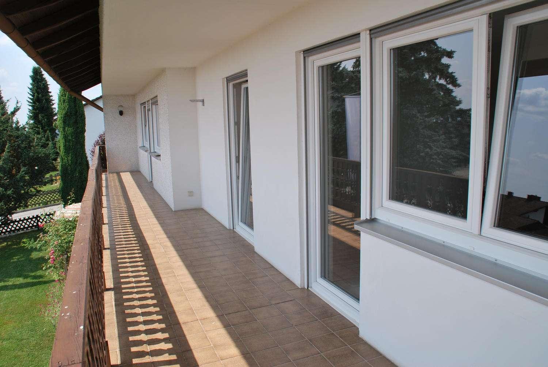 5 Zimmer-Wohnung mit herrlicher Aussicht für Gartenliebhaber in Hofkirchen