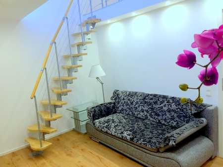Fully furnished 2 room apartment with gallery in a quiet location. All inclusive. WG geeignet in Hasenbergl (München)