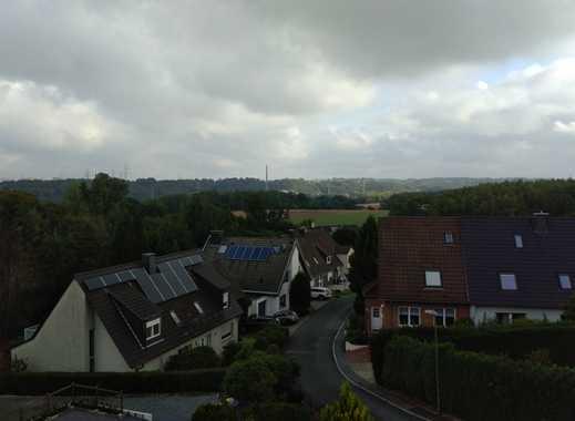 Attraktive, vollständig renovierte 4-Zimmer-Dachgeschosswohnung in E-Burgaltendorf