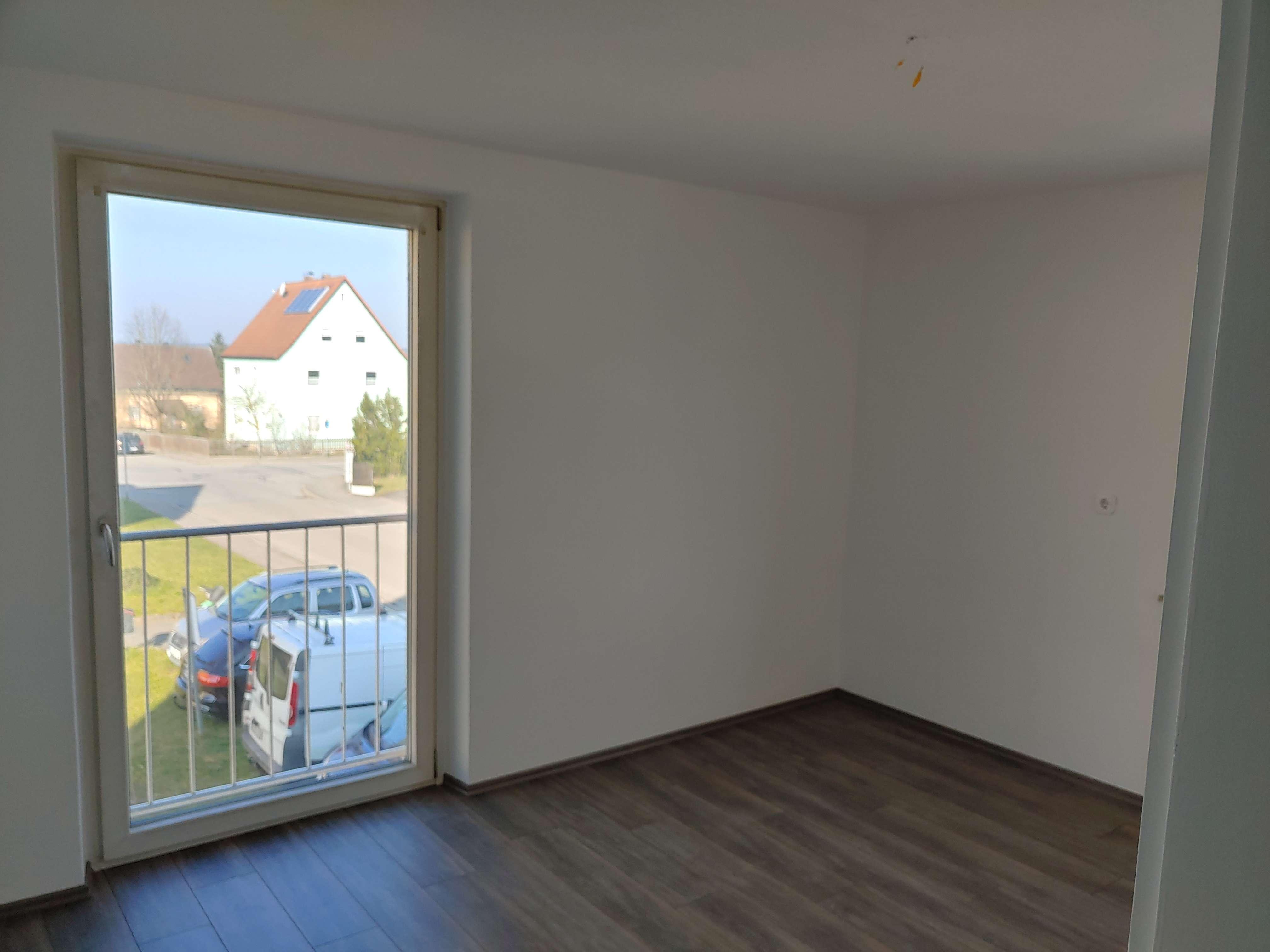 Sanierte 2-Zimmer-Wohnung in Burglengenfeld in