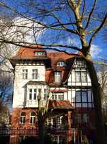Bild Charmante Dachgeschosswohnung mit phänomenaler Dachterrasse in einem schönen Altbau in Lichterfelde